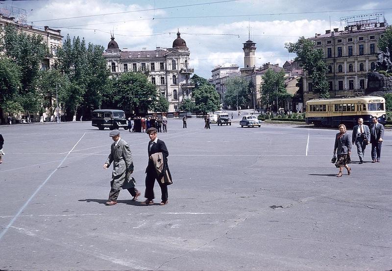Назад в прошлое. Киев 1959 года на фото иностранного туриста