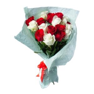 Свежие благоухающие розы от салона Dicentra
